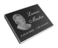 Vorschau Grabstein aus Granit mit Bildgravur nach Ihrer Vorlage