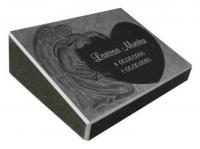 Pultgrabstein aus Granit mit sehr schöner Engelsgravur